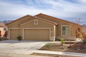 first-time-home-buyer-in-ventana-canyon-az-of-tucson-arizona-3
